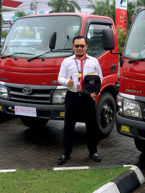 Sales Toyota Solo