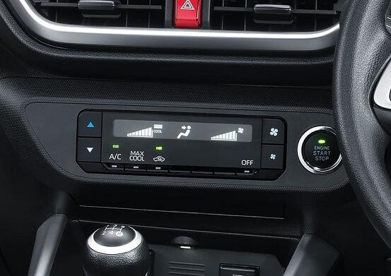 Interior Toyota Raize (3)
